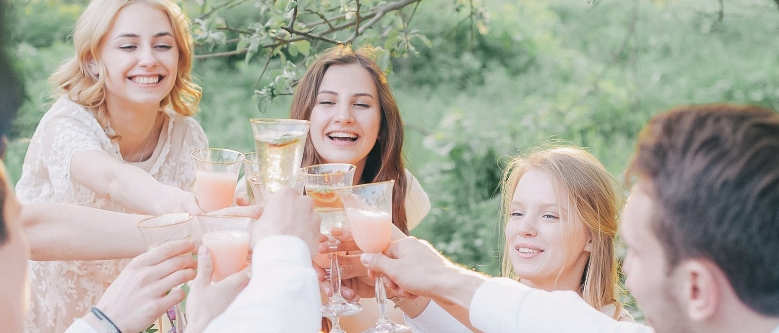 Bon Vivants Wine Club